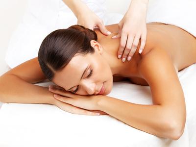 Lockerung der Muskulatur durch Massage